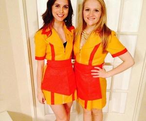 hallooween, hallooween costume, and two broke girls image
