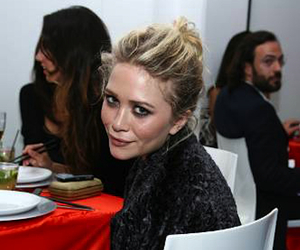girl, celebrity, and mary kate olsen image