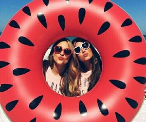summer friends image