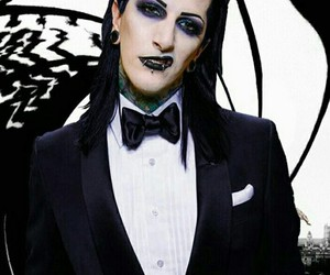 chris motionless, wowwww, and 😍 image