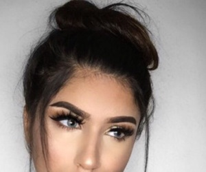 blush, eyelashes, and eyeshadow image