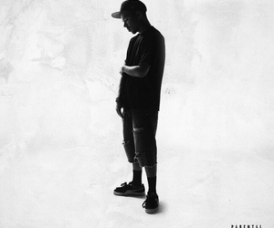 yourstruly and phora image