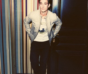 miles, teller, and divergent image