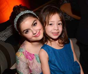 modern family, ariel winter, and aubrey anderson-emmons image