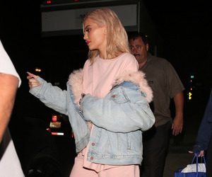 kylie jenner, jenner, and pink image