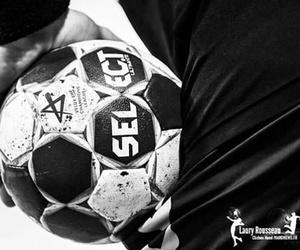 handball and passion image