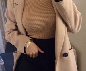 accessories, curves, and fashion image