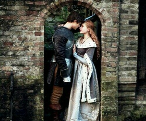 couple, the white queen, and medieval image