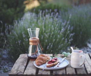 chemex, coffee, and croissants image
