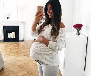 beautiful, hair, and pregnancy image