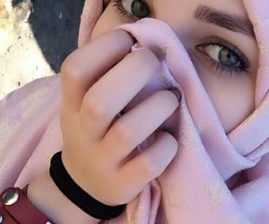 accessories, eyes, and hijab image