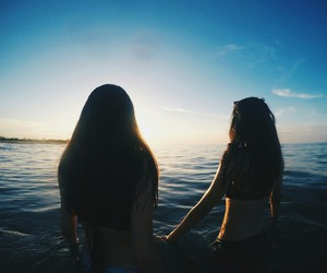 adventure, beach, and bff image