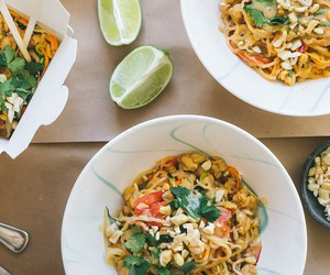 food, noodle, and pad thai image