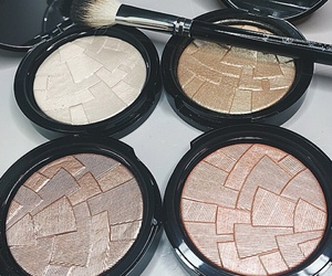 beauty, makeup, and highlighter image