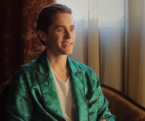 30 seconds to mars, jared leto, and behind the scenes image