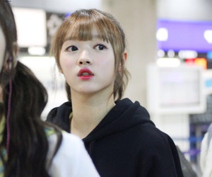 kpop, OMG, and yooa image