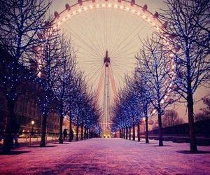 london, light, and winter image