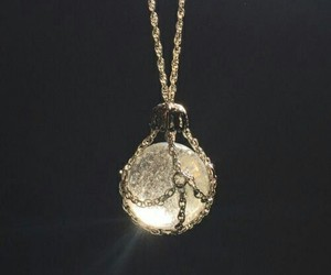 necklace, light, and pendant image