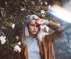 girl, indie, and portrait image
