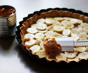 food, banana, and cake image