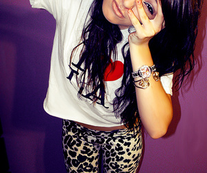 fashion, girl, and leopard print image