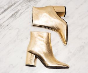boots and gold image