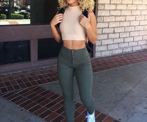clothes, outfit, and crop top image