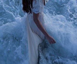 girl, sea, and beauty image