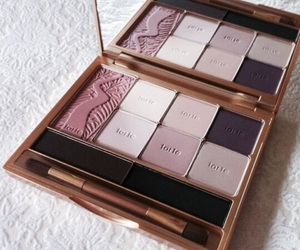 eyeshadow, makeup, and tarte image