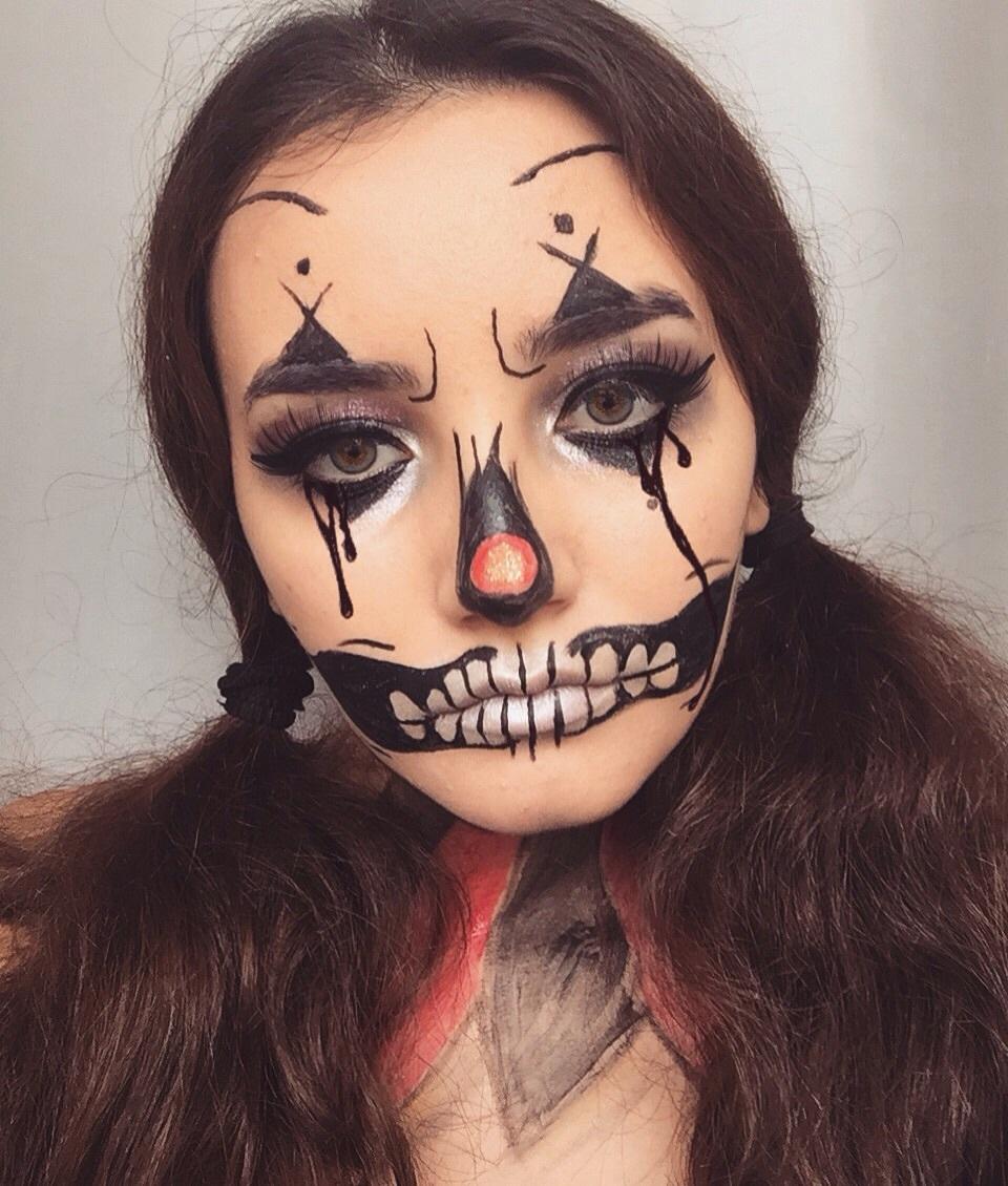 faceart idea diy makeup clown scary girl Halloween facepaint