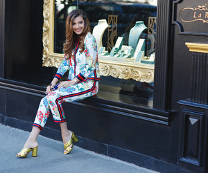 fashion blogger, chic outfit, and larisa costea image