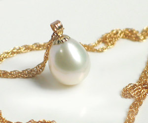 etsy, pearl necklace, and pearl pendant image