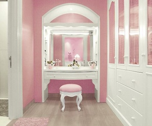 pink, room, and girly image