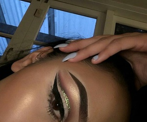 eyebrows, highlight, and eyelashes image