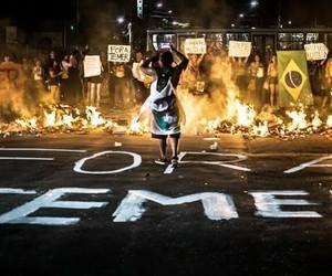 brasil, mulheres, and protestos image