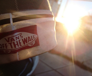 vans and sun image
