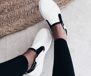 fashion, shoes, and slip ons image