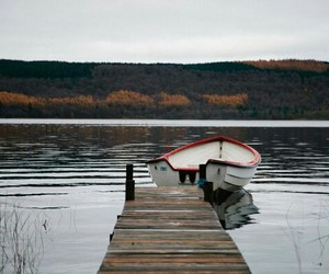 autumn, beauty, and lake image