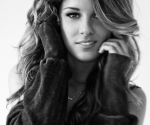 Shenae Grimes, 90210, and black and white image