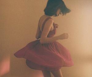 vintage, girl, and dress image