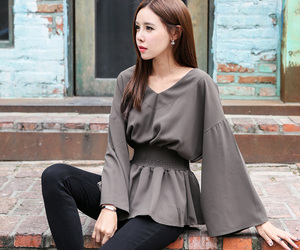 asian fashion, top, and blouse image