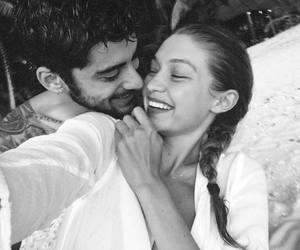 gigi hadid, zayn malik, and couple image