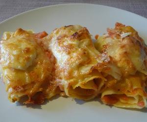 pasta, recipe, and tomato image