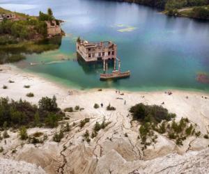 estonia, lagoon, and mountains image