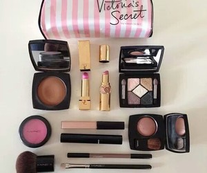 makeup, pink, and Victoria's Secret image