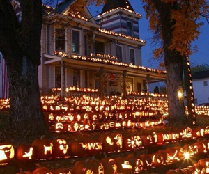 Halloween, house, and light image