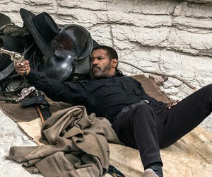 denzel washington, the magnificent seven, and the bounty hunter image