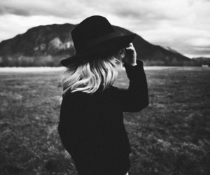 black and white, hat, and mountains image