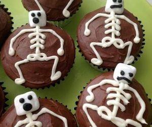 cupcake, Halloween, and skeleton image