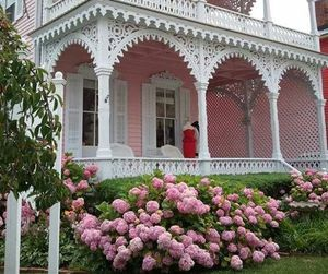girl, house, and pink image